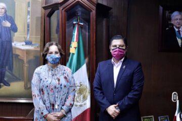 Coordinación permanente en el manejo de la pandemia, acuerdan Nacho Campos y Diana Carpio