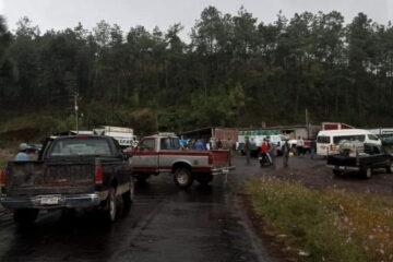Bloqueo en Pakicho por desaparición de taxista