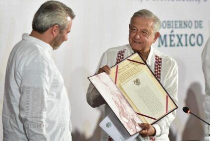 López Obrador ofrece todo su respaldo al gobernador de Michoacán
